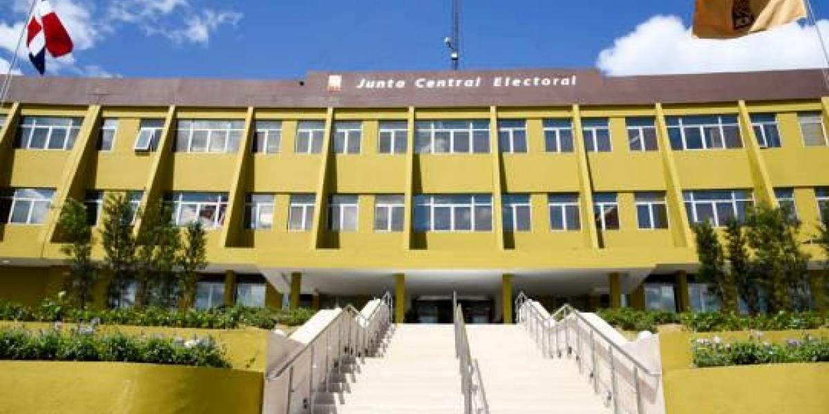 "La JCE destaca la ""absoluta normalidad"" de la jornada electoral"