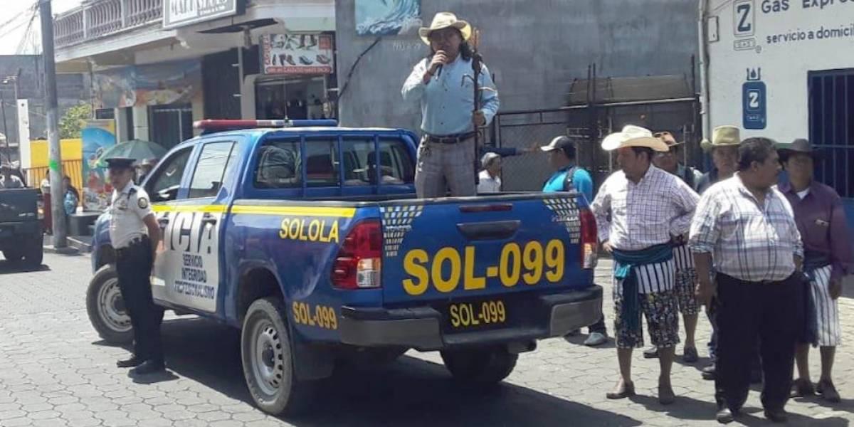 Alcalde de Santiago Atitlán da recomendaciones para evitar el COVID-19