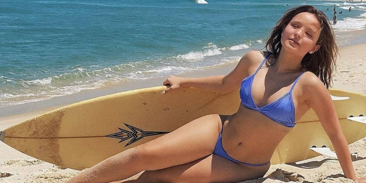 Larissa Manoela aproveita praia em Saquarema e compartilha momento com os fãs