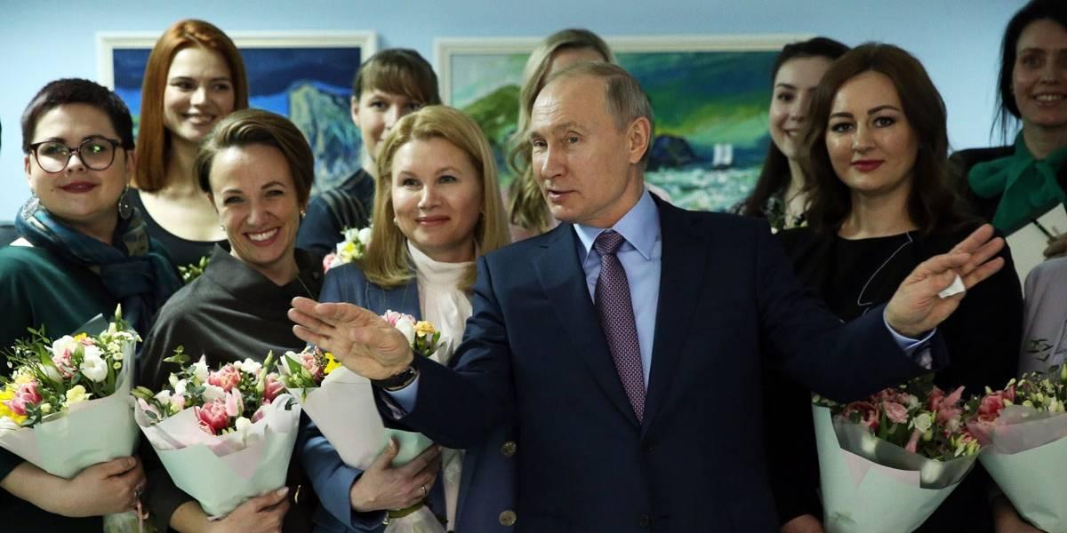 Corte russa aprova Putin no poder até 2036