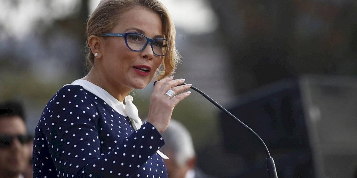 """Cathy Barriga se retira indignada de Concejo Municipal: """"No estoy con la basura que rechaza los proyectos"""""""