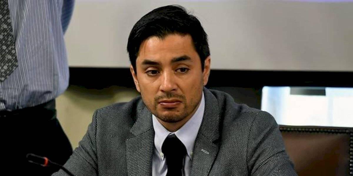 Tal como en Francia: diputado UDI llama a Gobierno a ordenar congelamiento de los cobros de las empresas de servicios