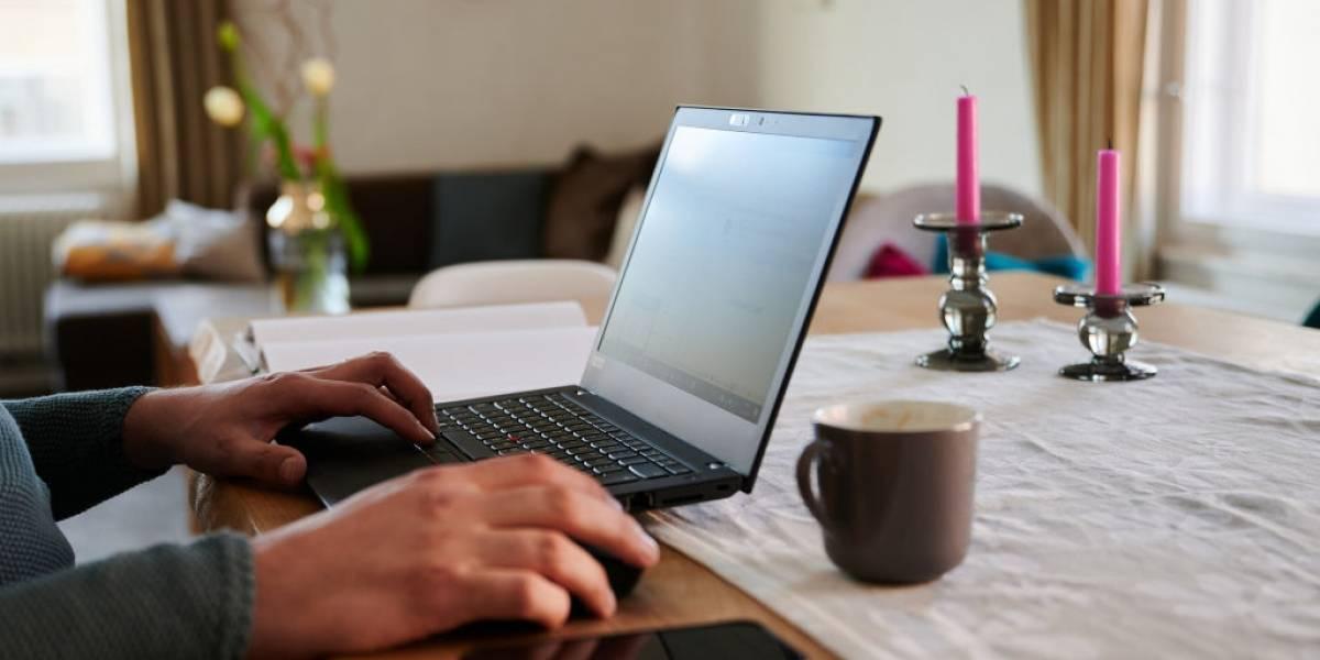 Apenas 26% dos trabalhadores das classes D e E adotaram o home office