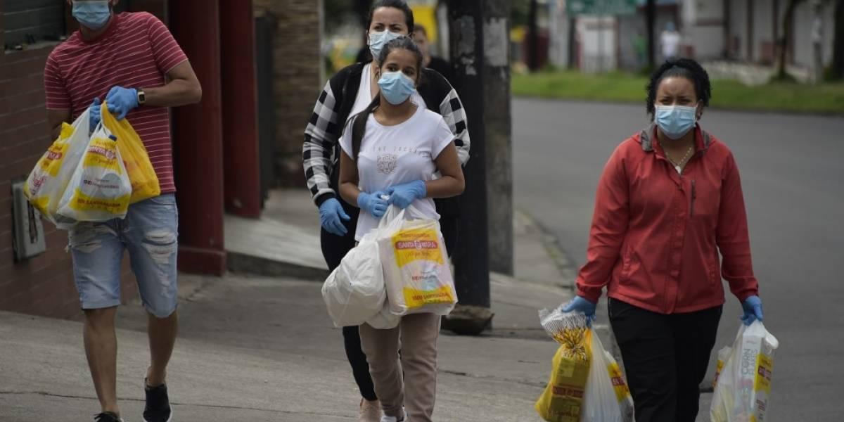 América Latina combate el coronavirus con cuarentena y toque de queda