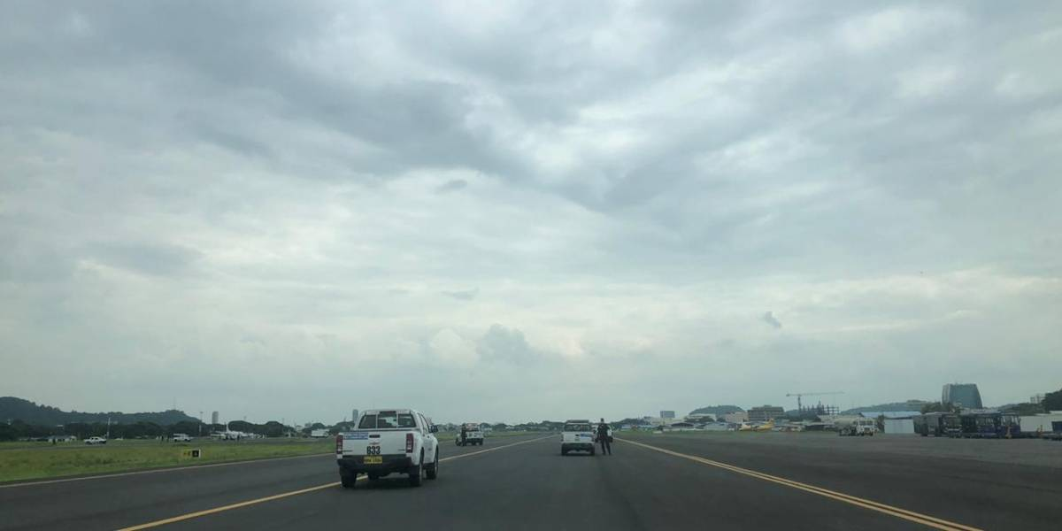 Parlamento Europeo rechaza impedimento de aterrizaje de aviones por parte de Alcaldía de Guayaquil