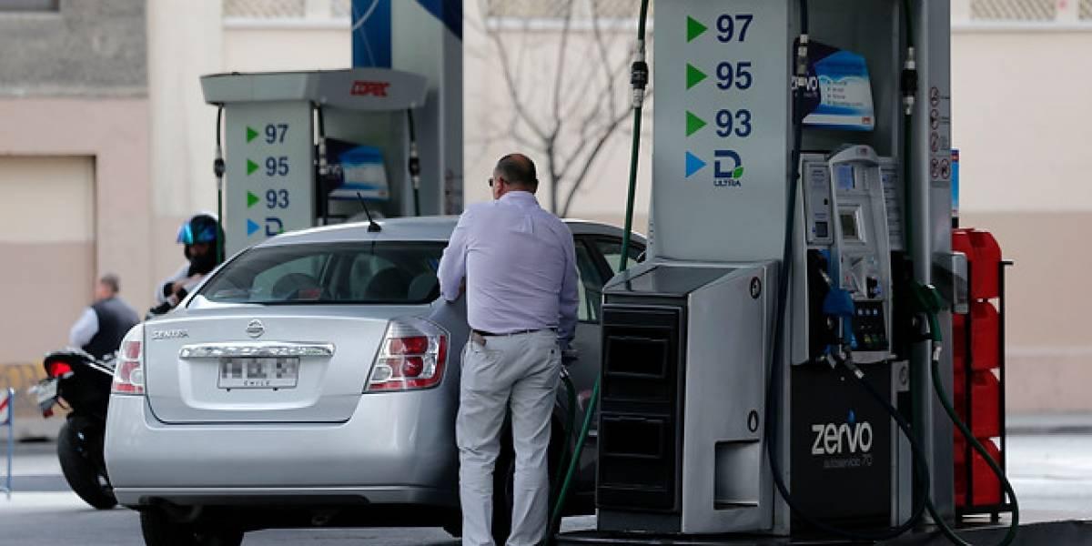 Un pequeño alivio: Los combustibles bajan su valor desde este jueves