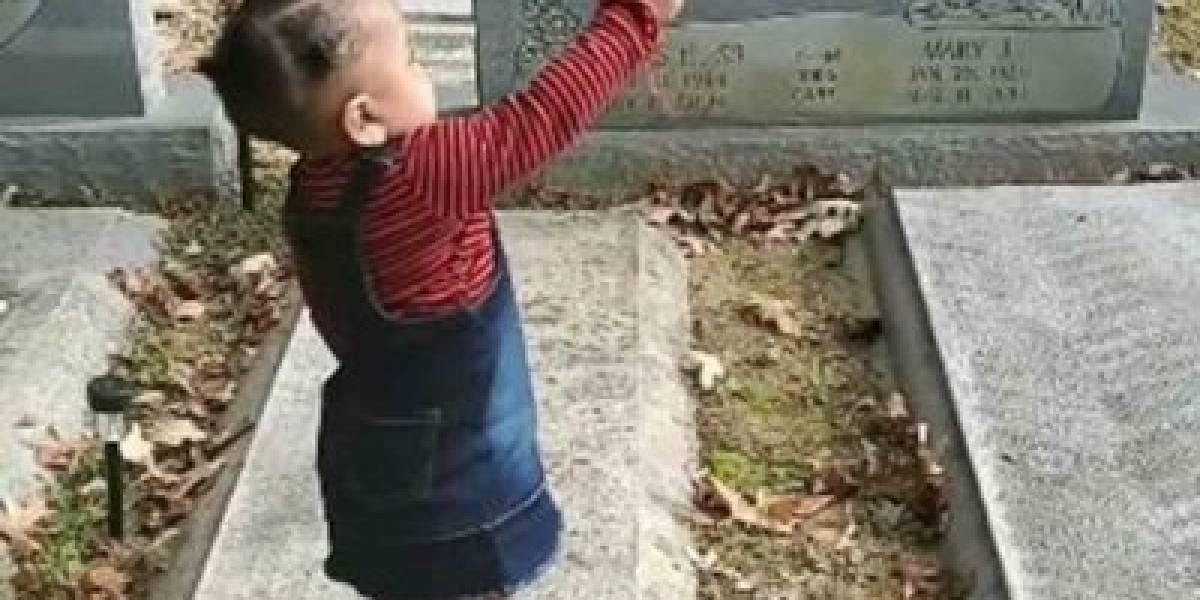 Vídeo de menina 'beijando fantasma' em cemitério se torna viral nas redes sociais