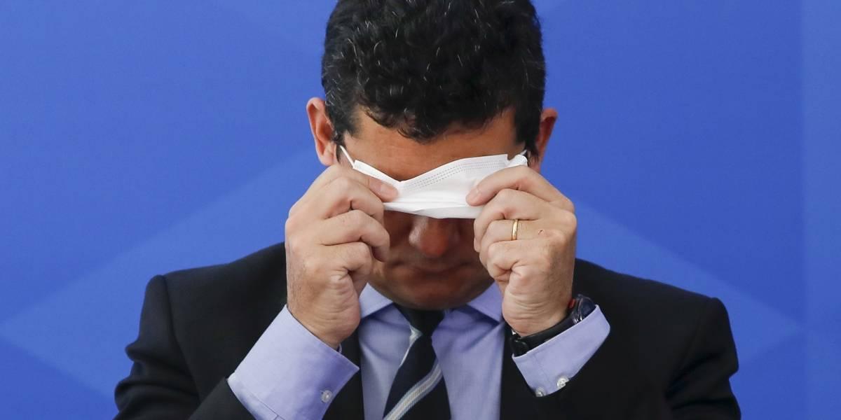 ¿Por qué es tan difícil dejar de tocarse la cara? La explicación en tiempos de coronavirus