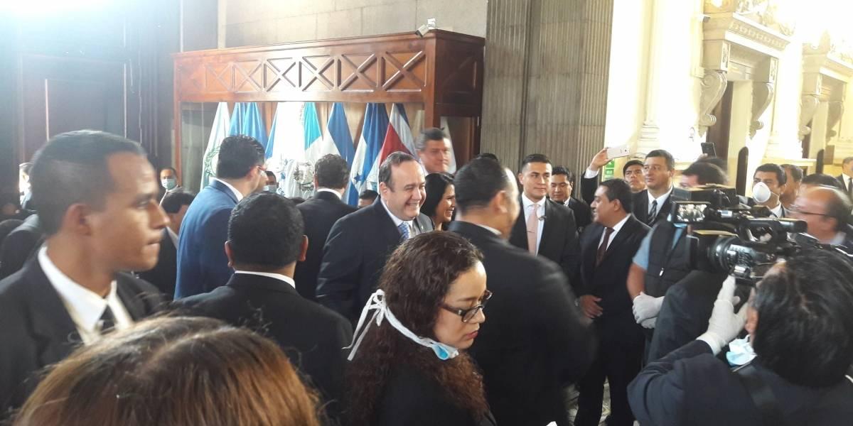 Giammattei pide al Congreso Q7 mil millones para reactivar la economía