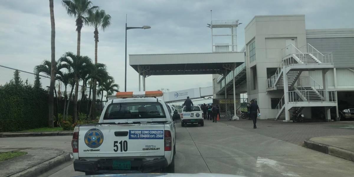 Autoridades rechazan que alcaldía de Guayaquil haya impedido aterrizaje de aviones de Iberia