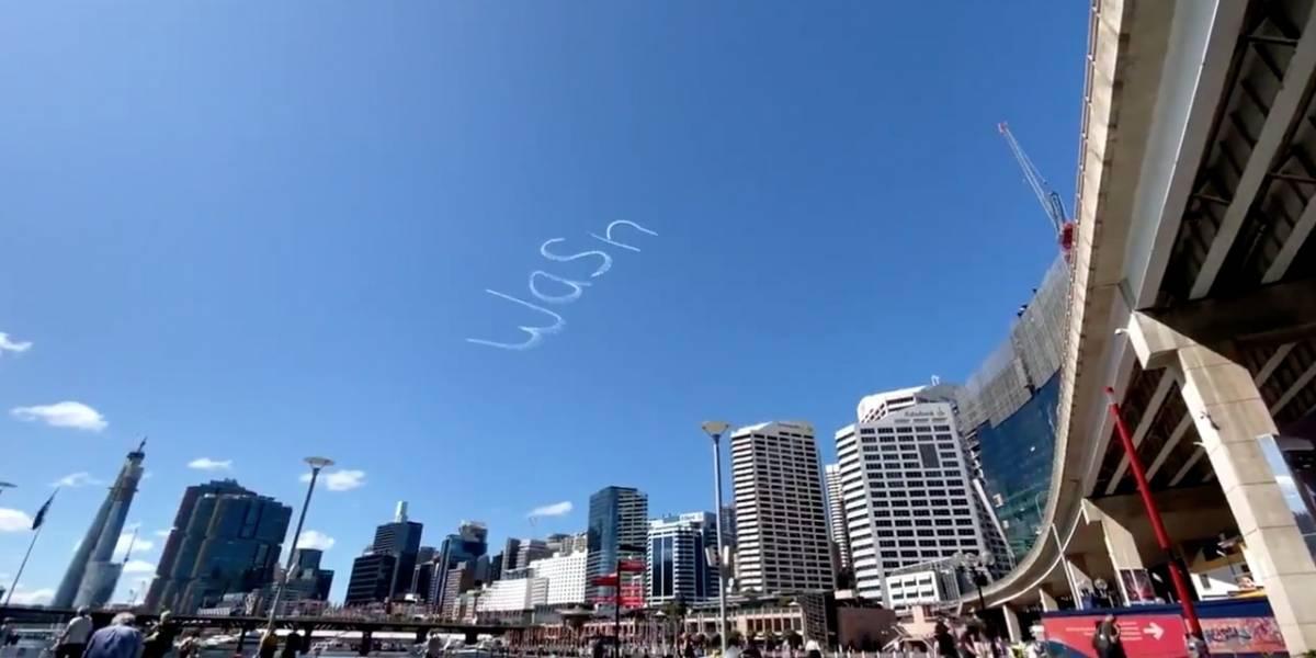 VIDEO. Piloto aviador deja mensaje en el cielo por coronavirus