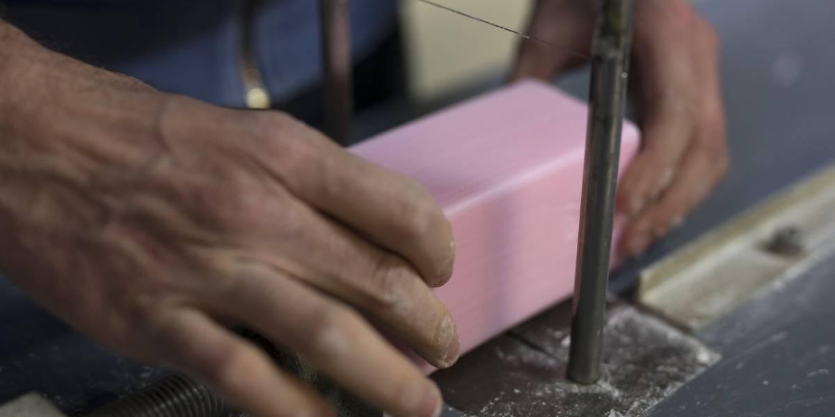 Se eleva la demanda por el jabón debido a la pandemia por coronavirus