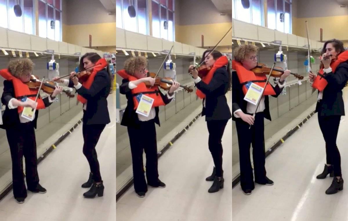 violinistas tocan canción de Titanic