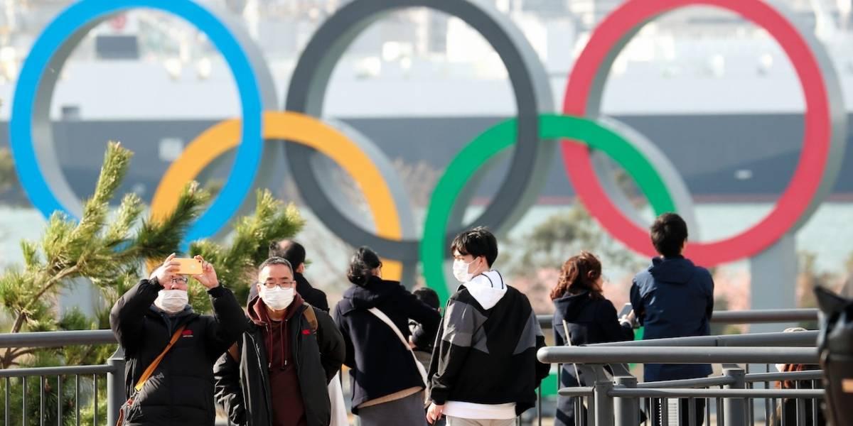 Nadadora arremetió contra el Comité Olímpico Internacional por mantener fecha de los Juegos