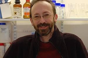 David Whitworth, lector de Bioquímica, en el Instituto de Ciencias Biológicas, Medioambientales y Rurales de la Universidad de Aberystwyth, Reino Unido