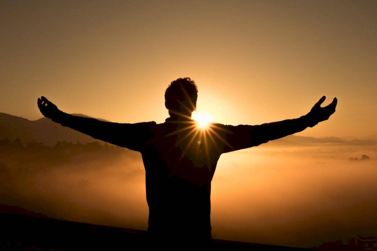 nos eleva en un nivel espiritual de vida plena