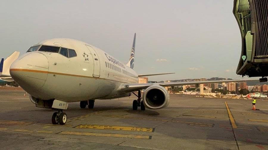 Avión que trajo a guatemaltecos varados en Costa Rica