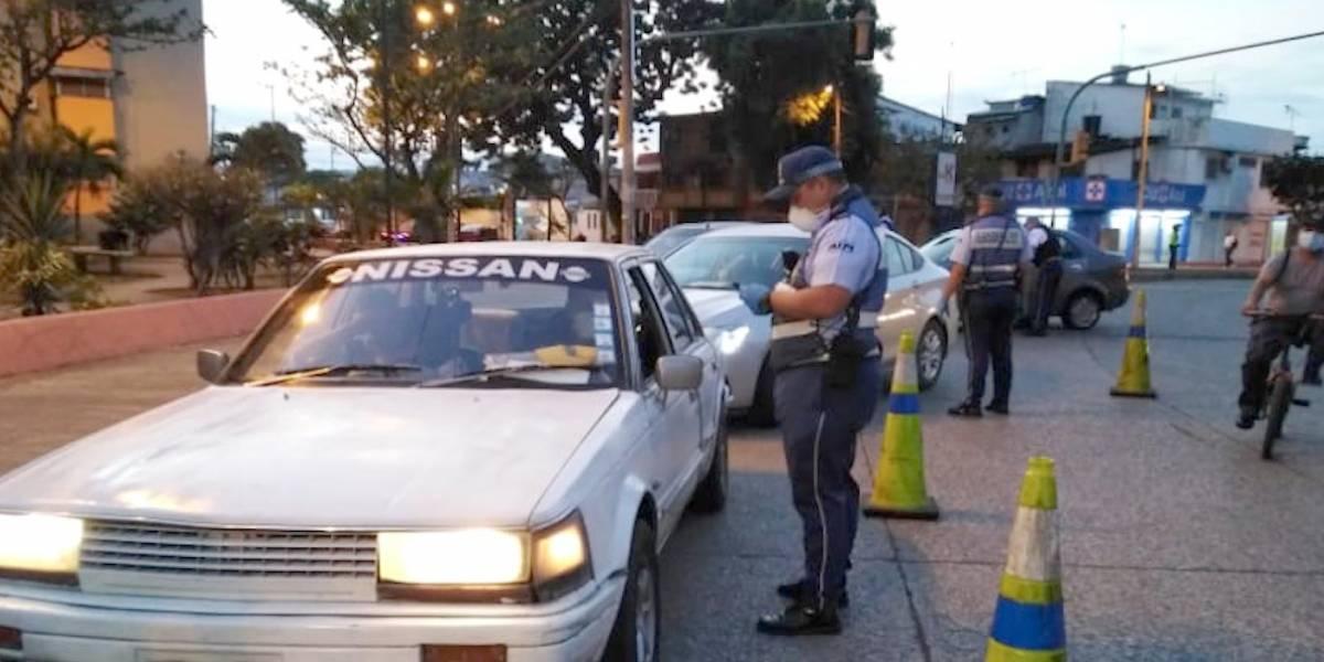 USD 200 es la multa por irrespetar la circulación pico y placa en Guayaquil