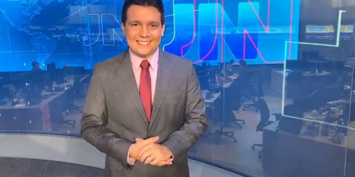 Marcelo Magno, âncora da Globo, tem melhora em quadro de covid-19