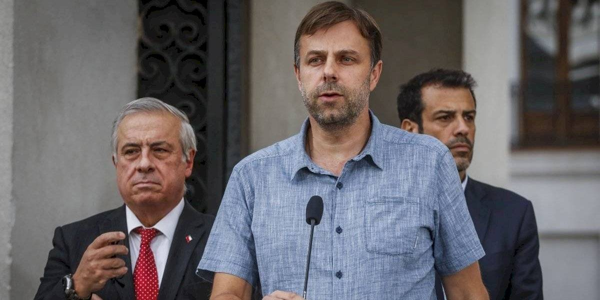 """Alcalde Germán Codina: """"La soberbia del ministro Mañalich no tiene límites"""""""