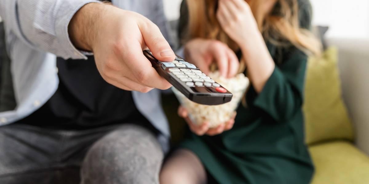 ¡Quédate en casa! Series y documentales que podrás disfrutar en marzo