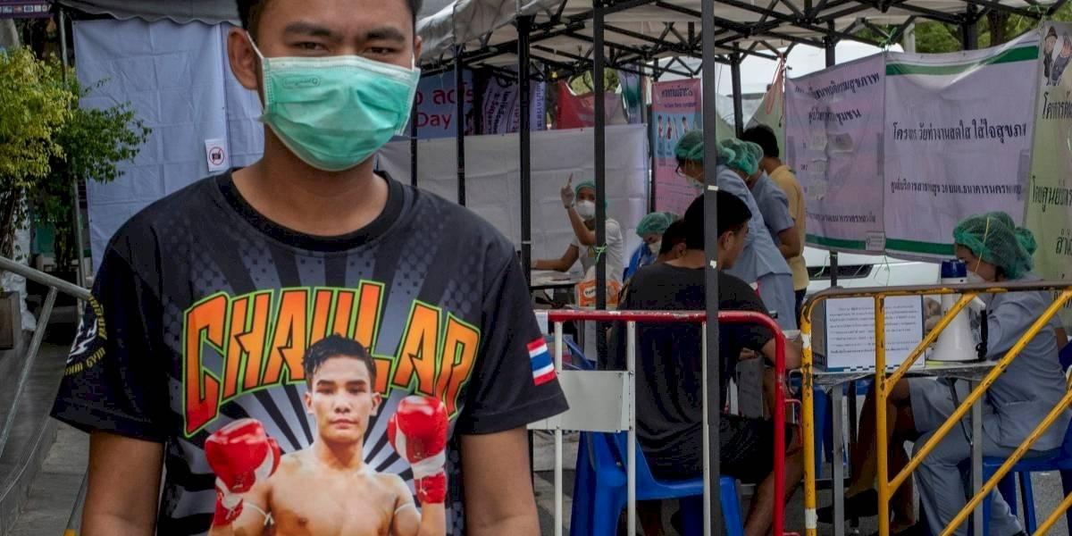 """""""Bombas de tiempo virales"""": peleas de kick boxing propagan el coronavirus en Tailandia"""