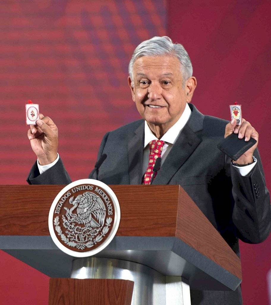 Amuletos de AMLO
