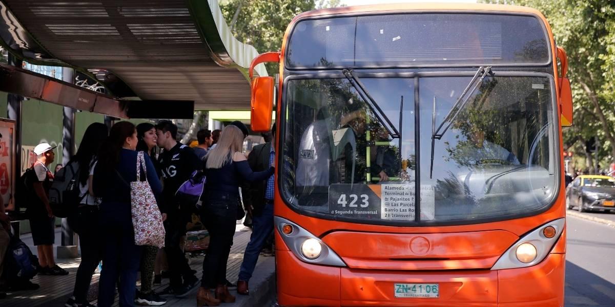Transantiago, Metrotren y terminales de buses modifican sus horarios por el toque de queda