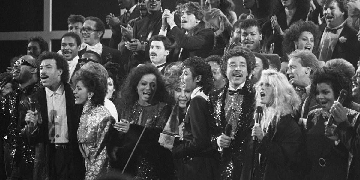 Lionel Richie cogita nova versão de 'We Are the World' para vítimas do coronavírus