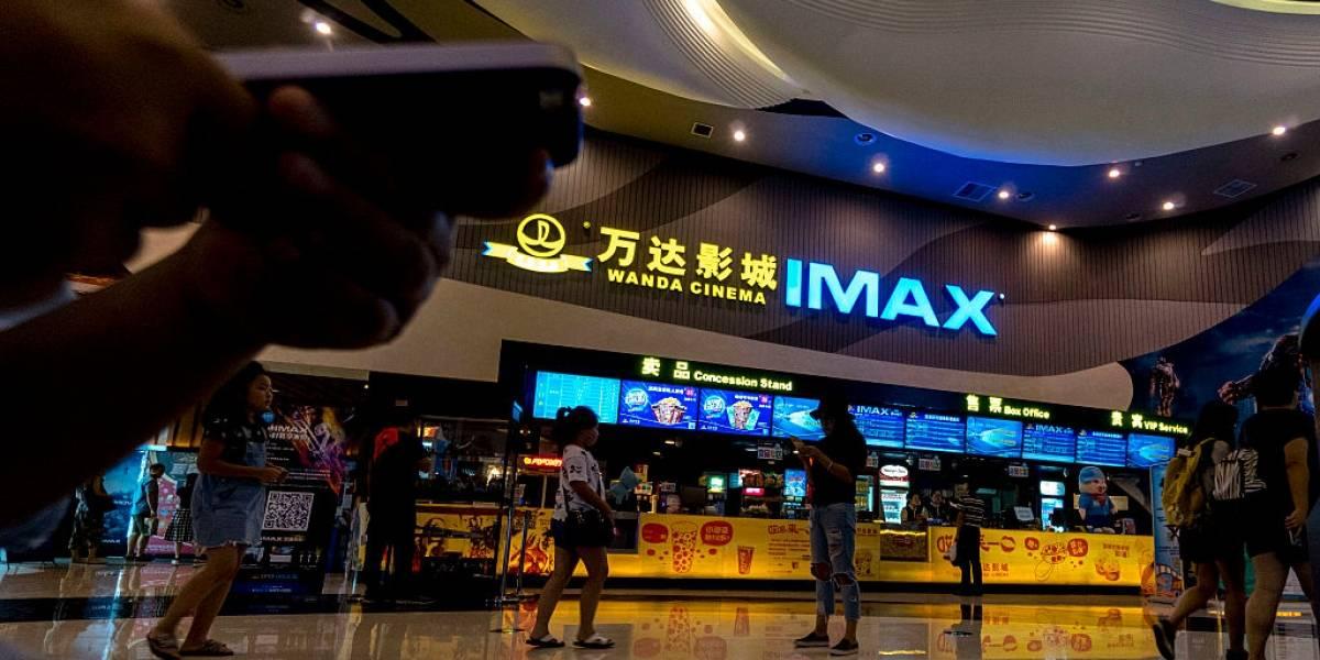 China reabre salas de cinema à medida em que casos de coronavírus caem
