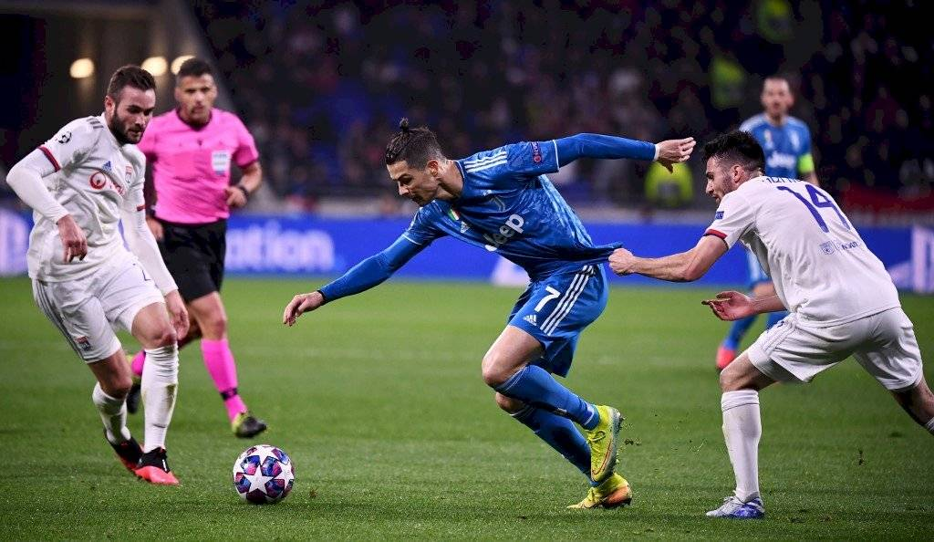 Messi supera a Cristiano Ronaldo como el futbolista mejor pagado según France Football