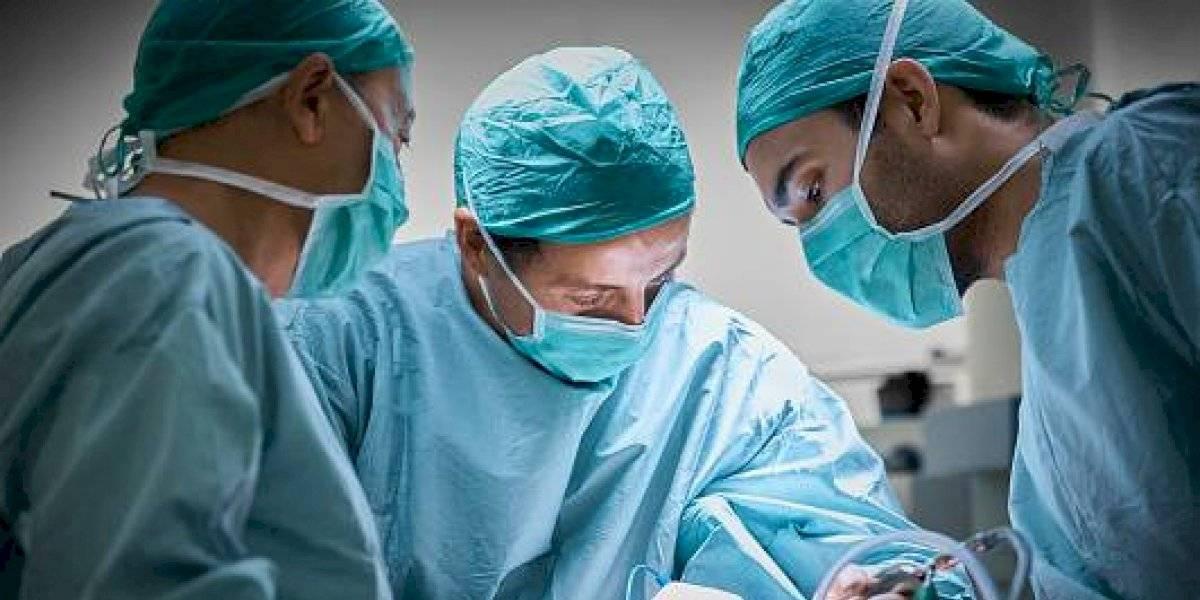 Coronavirus en Ecuador: Gobierno considera bonificación salarial para personal de salud