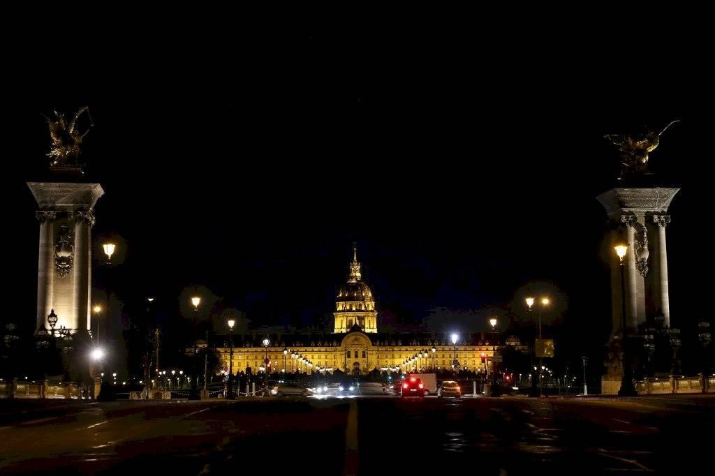 París, confinada por el coronavirus
