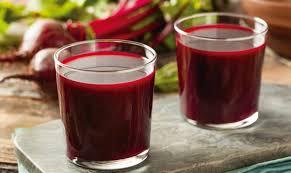 jugo de remolacha con coco rico en vitaminas