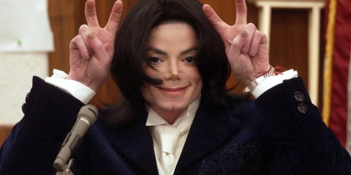 """¿Mensaje del más allá? """"Michael Jackson"""" advierte sobre contagio del Covid-19"""