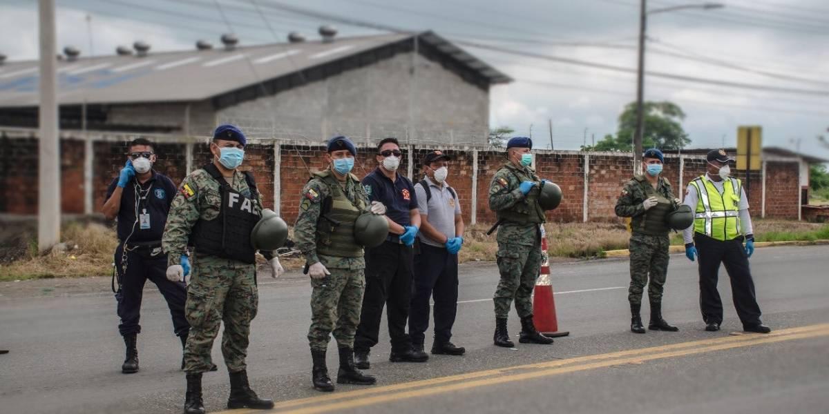 ¿Cuál es la multa por incumplir el toque de queda en Ecuador?