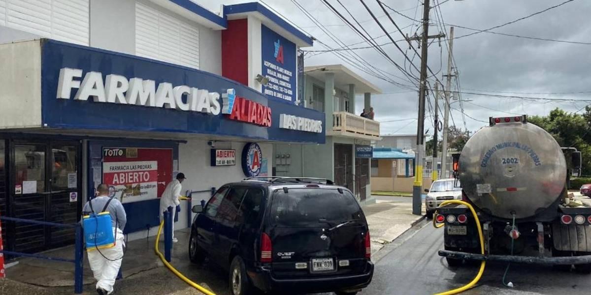 Comienza limpieza y desinfección masiva en centro urbano y comercios en Las Piedras