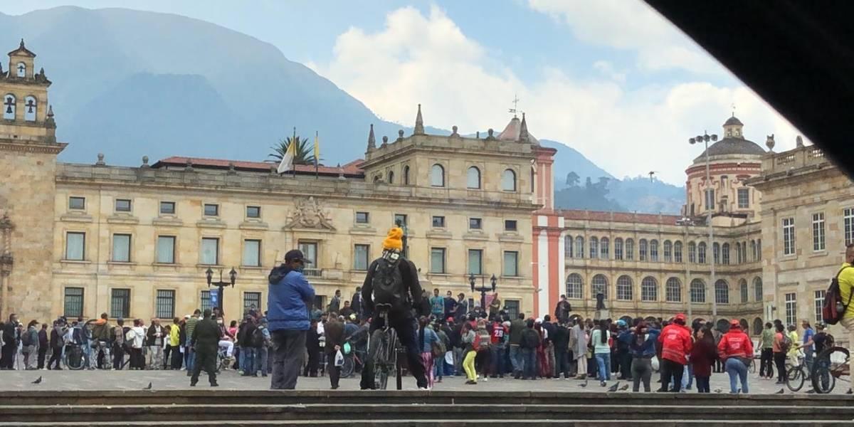 Manifestación en la Plaza de Bolívar: vendedores informales piden ayudas para superar la cuarentena