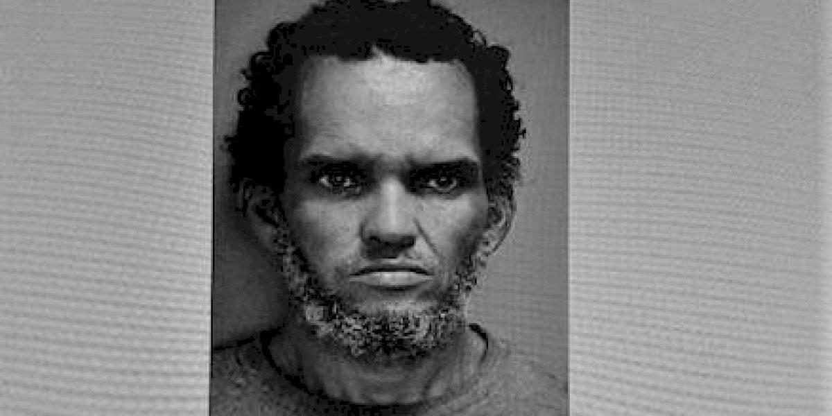 Arrestan hombre por robar computadoras, teclados y un mantel en Ponce
