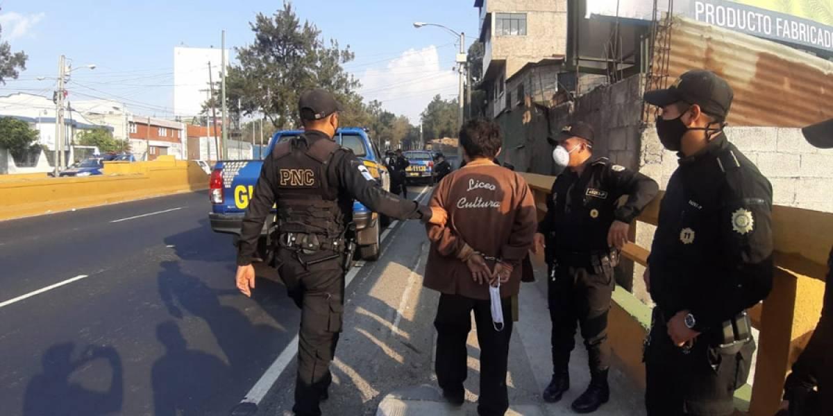 Cuarto día del toque de queda y nuevamente hay detenidos