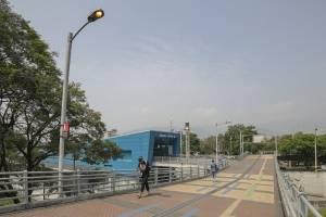 estaciondebusesi-4e6205711787e51ea07d8e361d1337c4.jpg