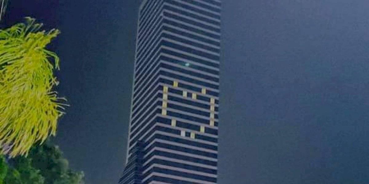 Hoteles iluminan sus fachadas para mandar emotivo mensaje en Guadalajara