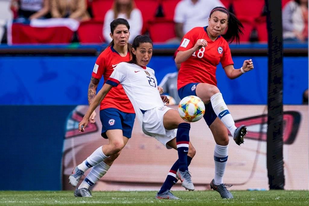 Guerrero y Sáez, dupla habitual en el centro de la defensa de la Roja femenina / Foto: Getty Images