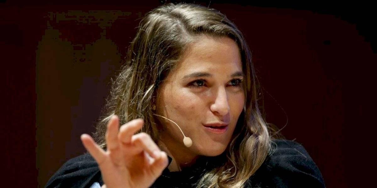 """La campeona mundial que se unió al """"frente de batalla"""" ante coronavirus"""
