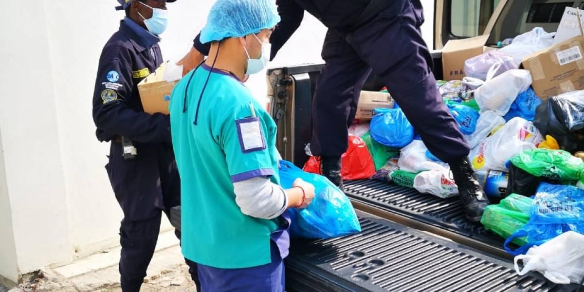 Vecinos de la Urbanización El Condado realizaron donaciones a Reina de San Francisco de Quito y concejales