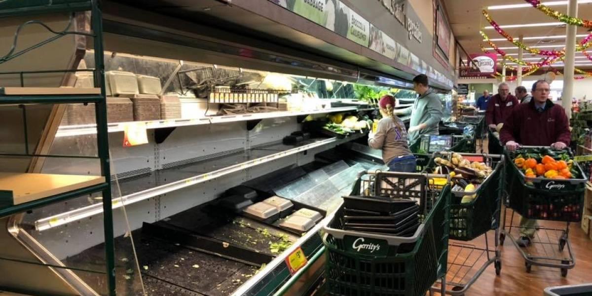 Mulher 'espirra' sobre legumes afirmando ter coronavírus e obriga supermercado a descartar produtos como medida de segurança