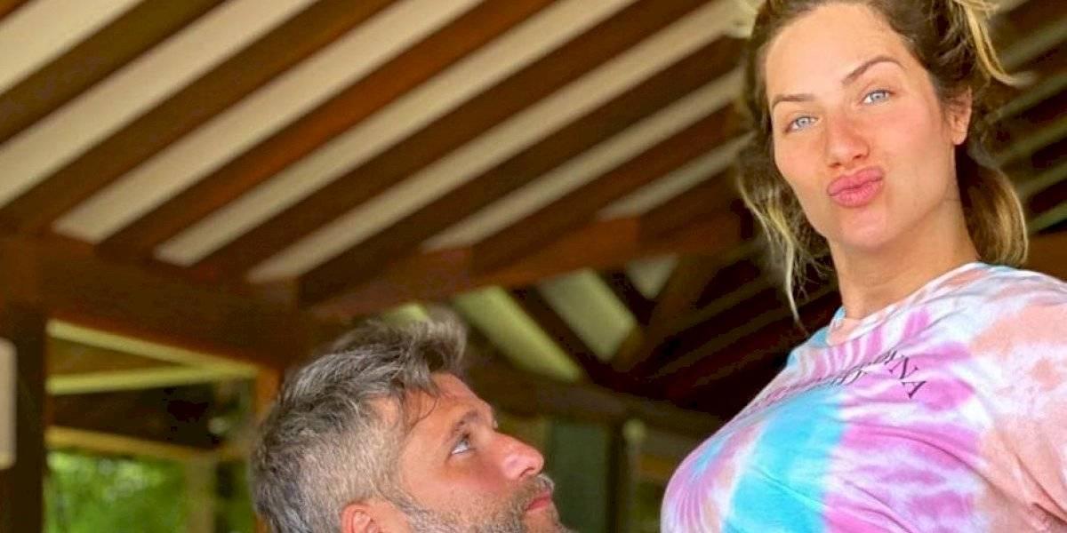 Em quarentena, Giovanna Ewbank mostra barrigão em nova foto com Bruno Gagliasso