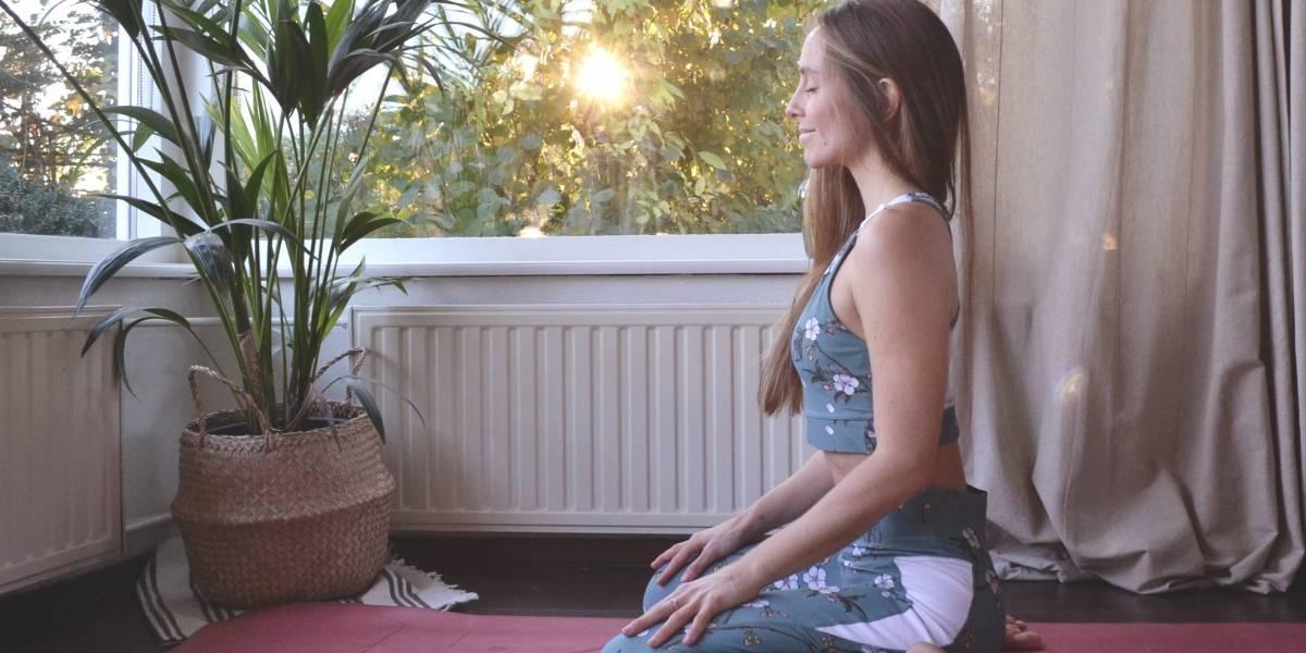 Ejercicios de 5 minutos para comenzar a meditar que te liberarán de la ansiedad