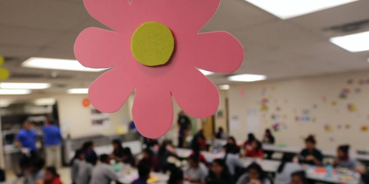 Tres niños migrantes dan positivo a COVID-19 en EEUU