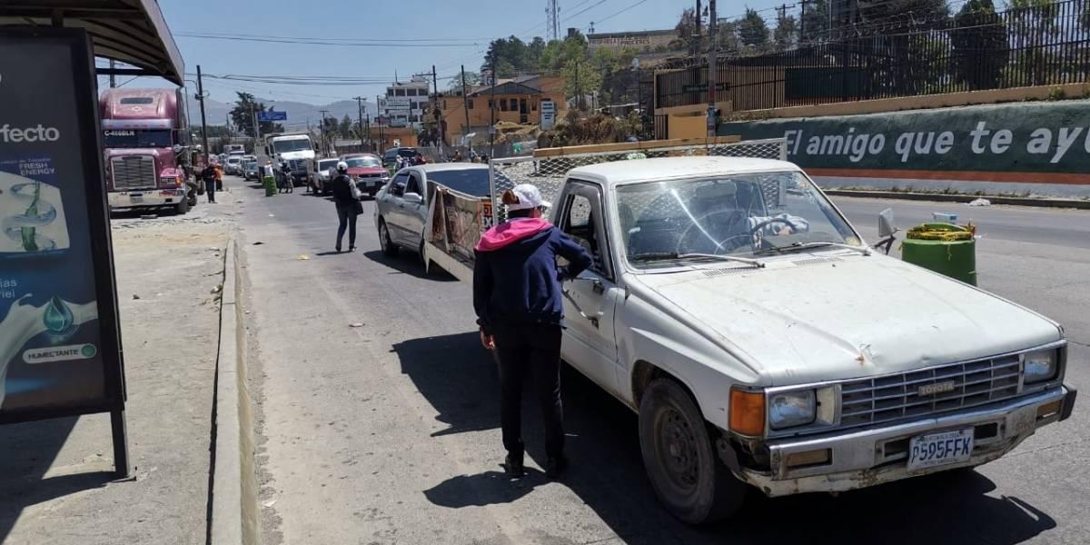 Ciudad de Quetzaltenango prohíbe el ingreso de vehículos particulares